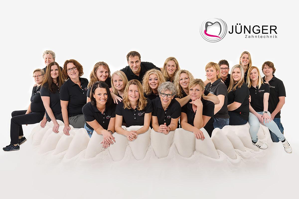 Gruppenfoto Dentallabor